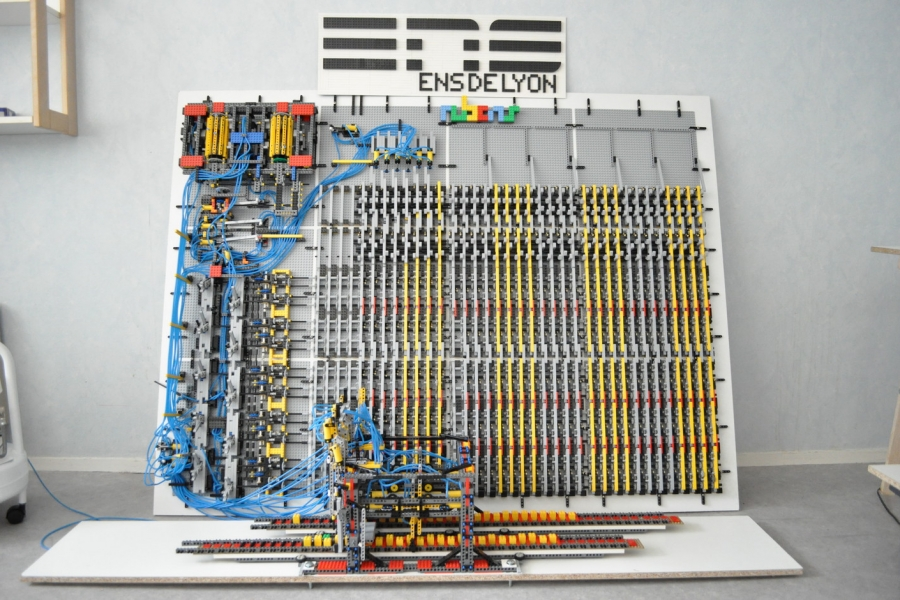 Lego_Turing_Machine